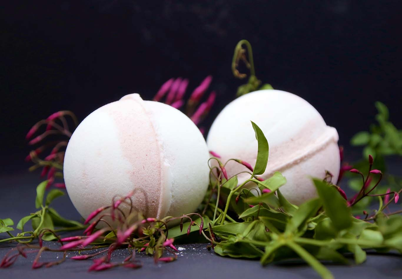 BLUSH BATH BOMB- LARGE DELUXE